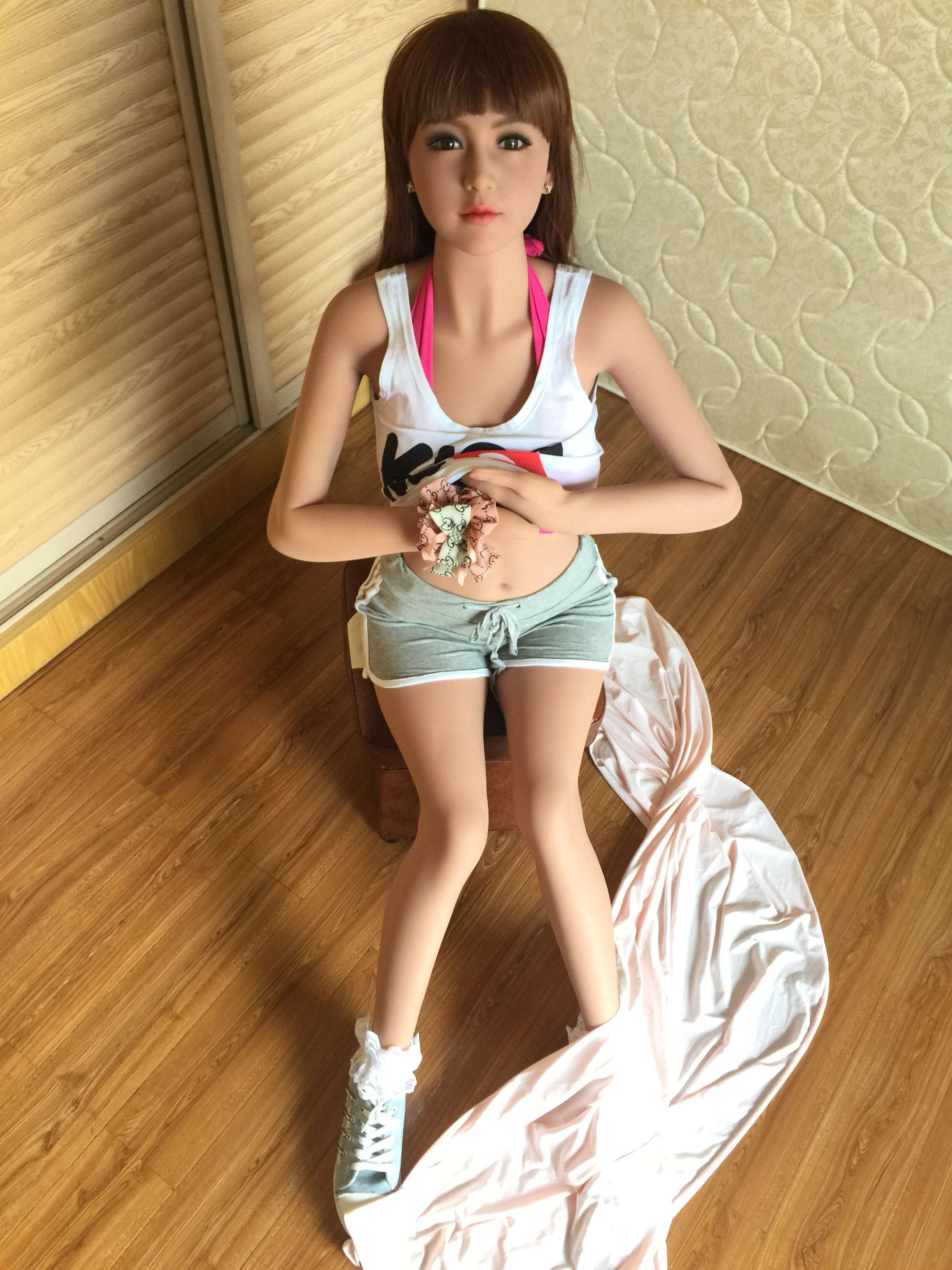 female counselor masturbates male client