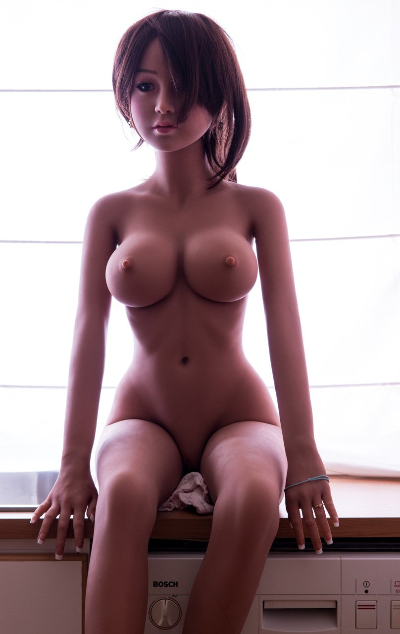Petite asian fuck doll equipped with blowjob upgrade 9